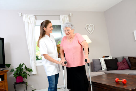 Recovering at Home: Benefits for a Sick Loved One
